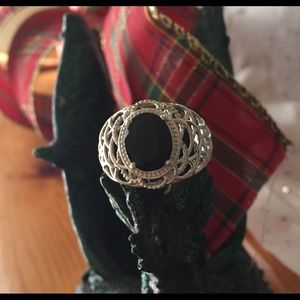 Jewelry - ❄️HOLIDAY SPECIAL❄️BLACK JADE RING❄️
